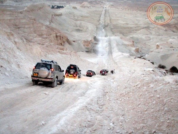 Ma'ale Zik Bik'at Tzin Negev desert jeep tours.