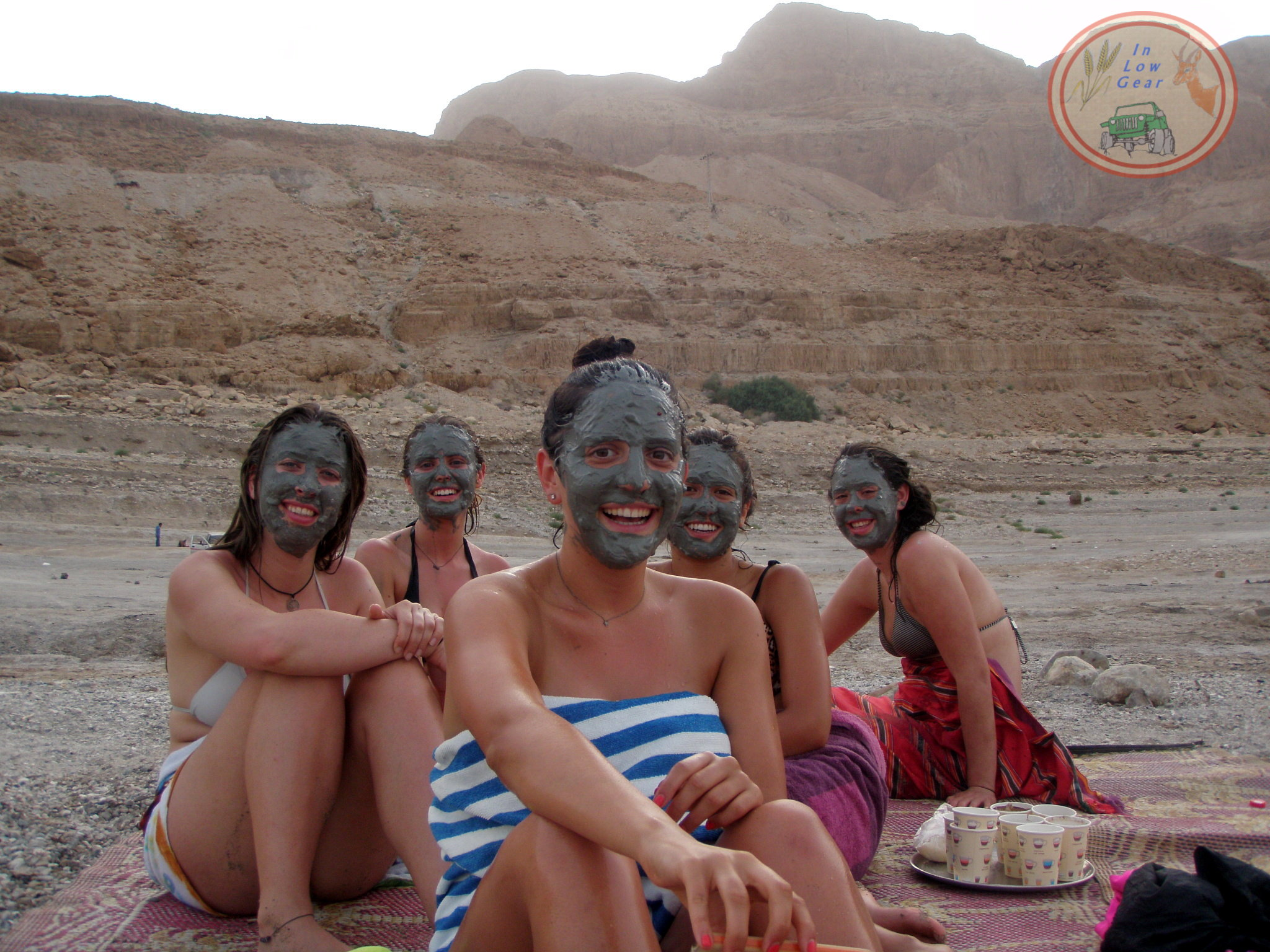 Metzoke Dragot Dead Sea mud bath jeep tours.
